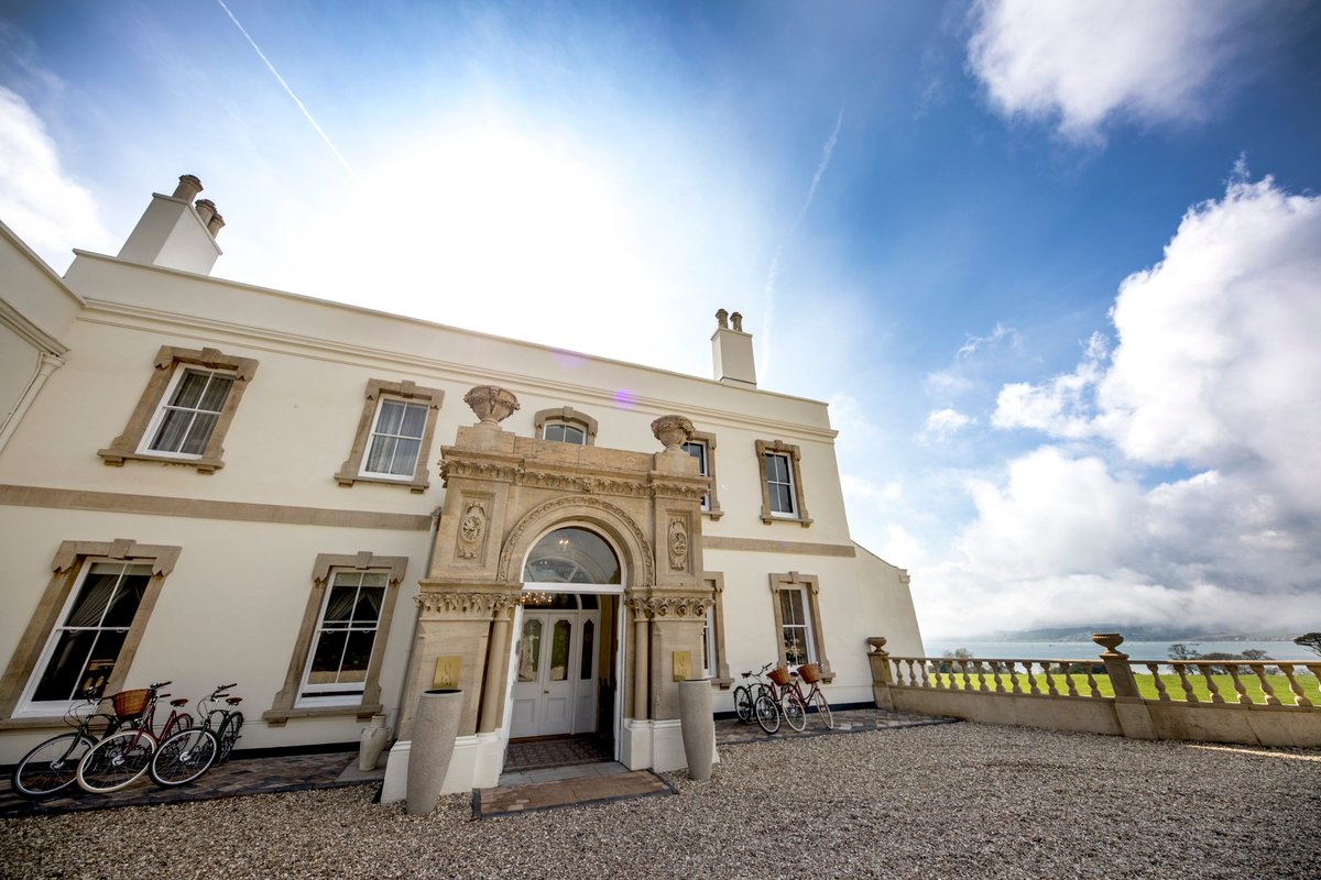 #Win an exclusive overnight stay for two at @Lympstone_Manor courtesy of our partner @michaelcaines  Follow the link to enter 👉 https://www.williamsf1.com/competitions/win-an-exclusive-overnight-stay-at-lympstone-manor?oid=82ed9ccf-22f1-43ee-ab4b-fcf1f407a434…