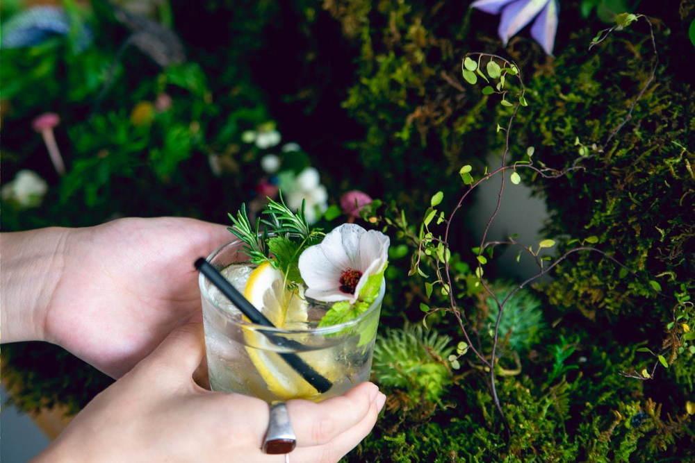 """""""その場で摘める""""ハーブ×冷茶でノンアルカクテルを作れる「飲む植物園@東京茶寮」三軒茶屋で -"""