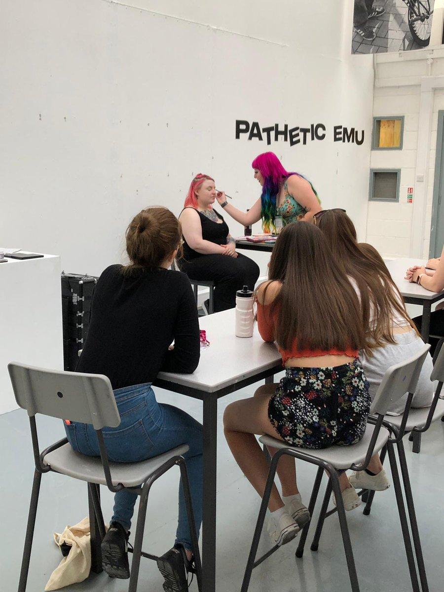 Last night students enjoyed a range of society activities including DJing and make up tutorials at @LeedsArtsUni @GoHigherWY #NCOP