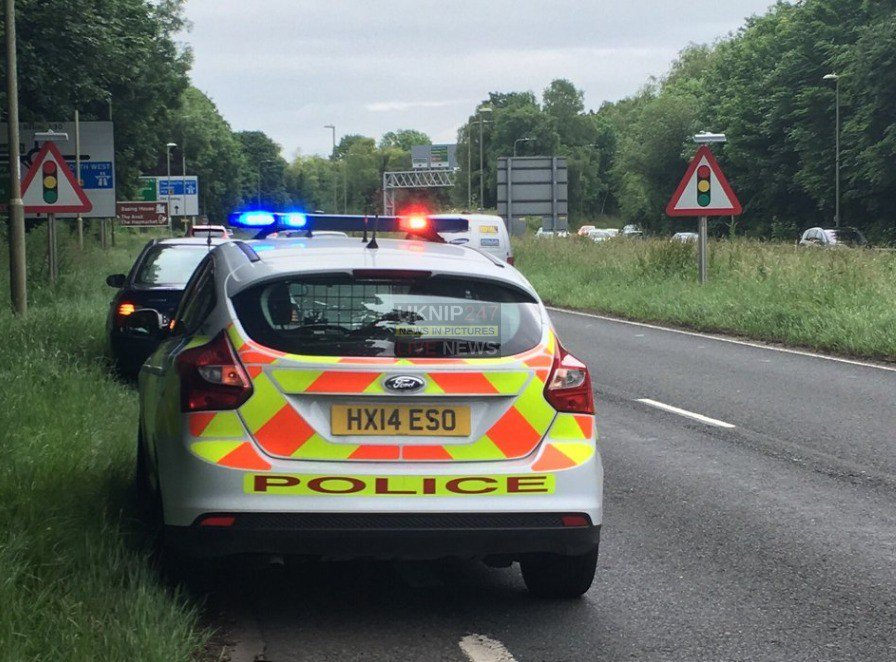 BREAKING NEWS FROM UKNIP247:  Serious collision closed southbound A33  Read More on this : https://www.uknip.co.uk/2019/07/17/in-your-area/hampshire/winchester/serious-collision-closed-southbound-a33/ … .   #HAMPSHIRE #BREAKING #WINCHESTER #BASINGSTOKE