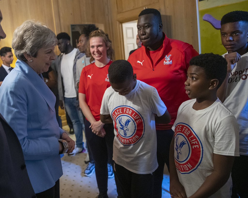 On Monday I hosted a reception to celebrate positive opportunities and showcase the work of those who help steer young people away from violent crime. It was a pleasure to hear first-hand about the great work being done.