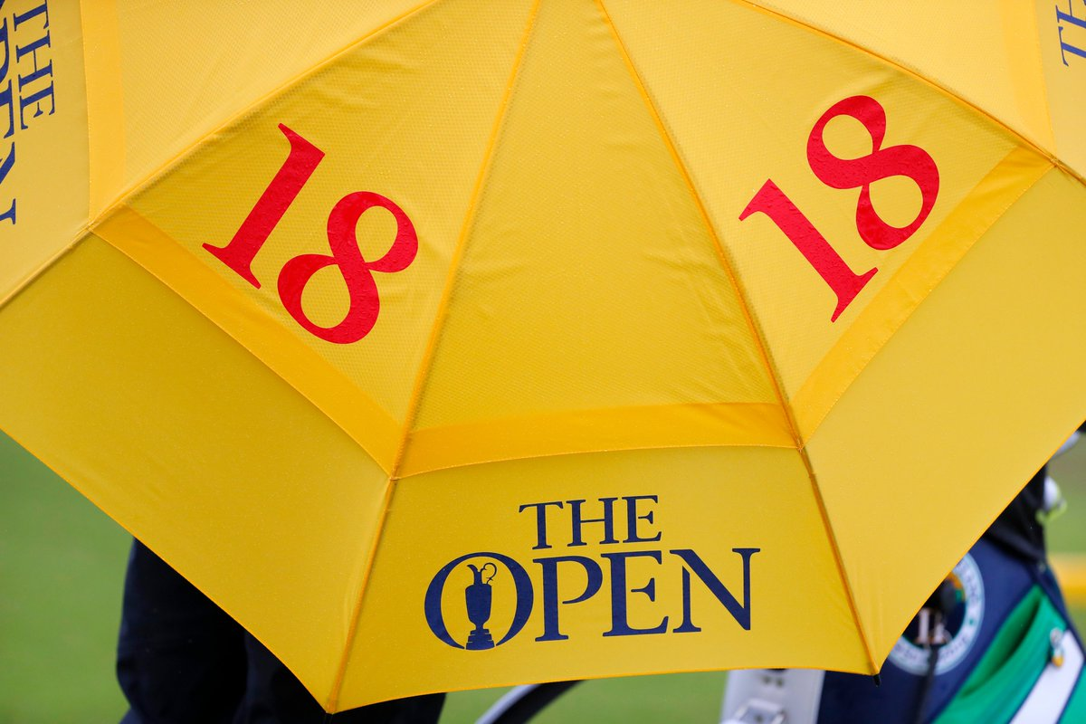 Brollies up ☔️ #TheOpen