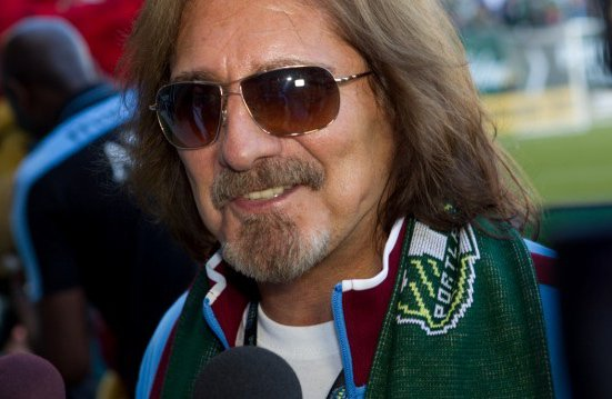 Today we're saying happy birthday to the legend that is @GeezerButler!   #WednesdayThoughts #AVFC<br>http://pic.twitter.com/hhKEtPSHH7