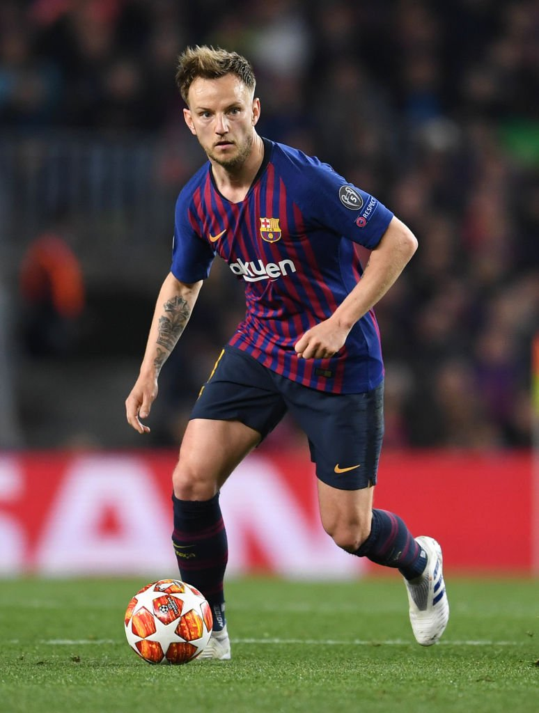 Ivan Rakitic: Made more passes per game (74.6) than any other player in LaLiga last season For more player stats -- whoscored.com/Players/22732/…