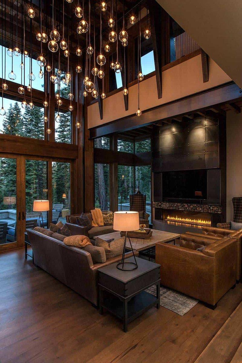 Lake Tahoe getaway features contemporary barn aesthetic https://onekindesign.com/2016/04/10/lake-tahoe-getaway-contemporary-barn/…