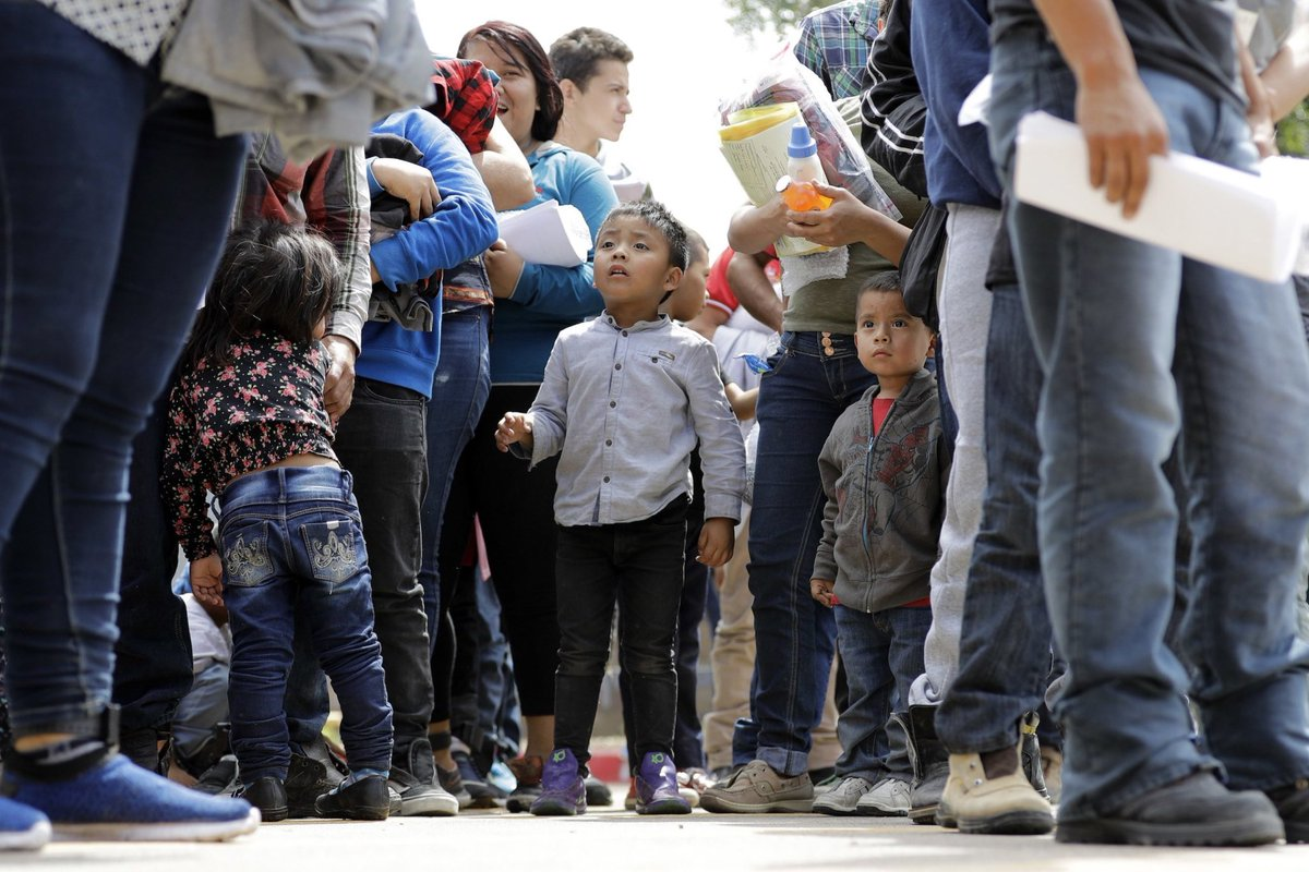 MEDIA ALERT. Bringing aid to children at the border @RevJJackson ,w/clergy, lawyers,&doctors will hold a press conf 11 a.m. TODAY, 7. 17, at the @RPCoalition HQs, 930 E. 50th St., to talk about their plans to take humanitarian aid to the children in detention at the border.