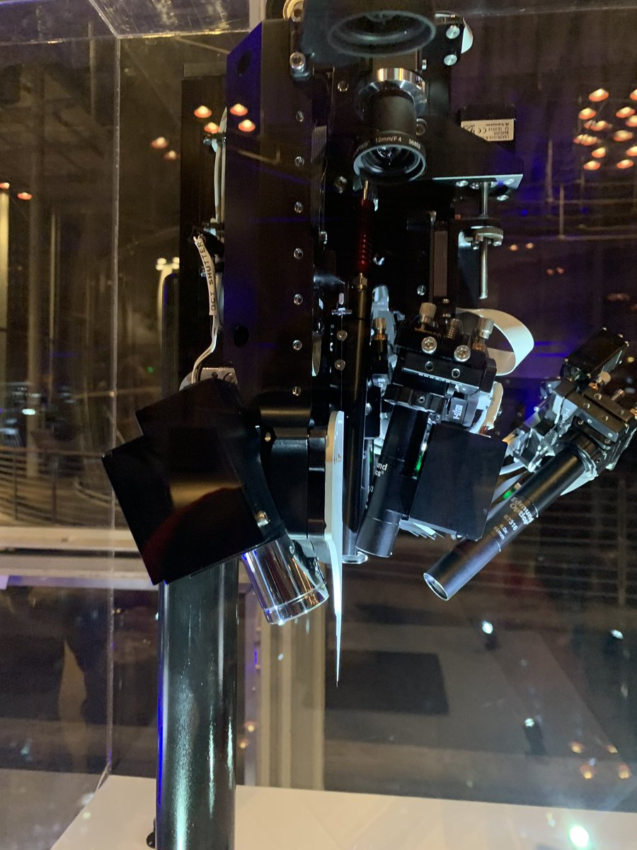 This machine is pretty impressive in real life #Neuralink #scifi