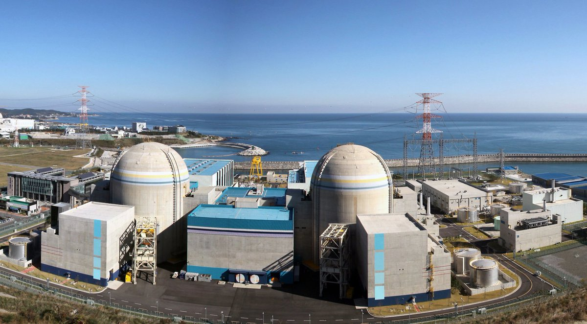 #Nuclear power reactors in operation around the 🌍 in 2019:🇺🇸 97🇫🇷 58🇨🇳 46🇯🇵 37🇷🇺 36🇰🇷 25🇮🇳 22🇨🇦 19🇺🇦 15🇬🇧 15🇸🇪 8🇧🇪 7🇩🇪 7🇪🇸 7🇨🇿 6🇵🇰 5🇨🇭 5🇫🇮 4🇭🇺 4🇸🇰 4🇦🇷 3🇧🇷 2🇧🇬 2🇲🇽 2🇷🇴 2🇿🇦 2🇦🇲 1🇮🇷 1🇳🇱 1🇸🇮 1📊https://bit.ly/2Ch2uVE #WorldEmojiDay