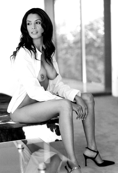 Old catherine zeta jones nude pics