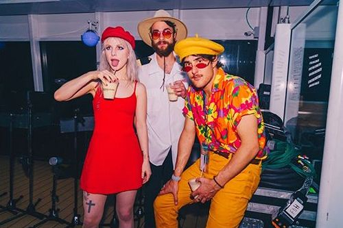Artists from Fueled By Ramen with more albums sold in the UK (via BPI):  1. Paramore – 960,000 2. Panic! At The Disco – 760,000 3. Twenty One Pilots – 500,000 4. Fun. – 300,000 5. All Time Low – 280,000 <br>http://pic.twitter.com/eAXUfCMQk1