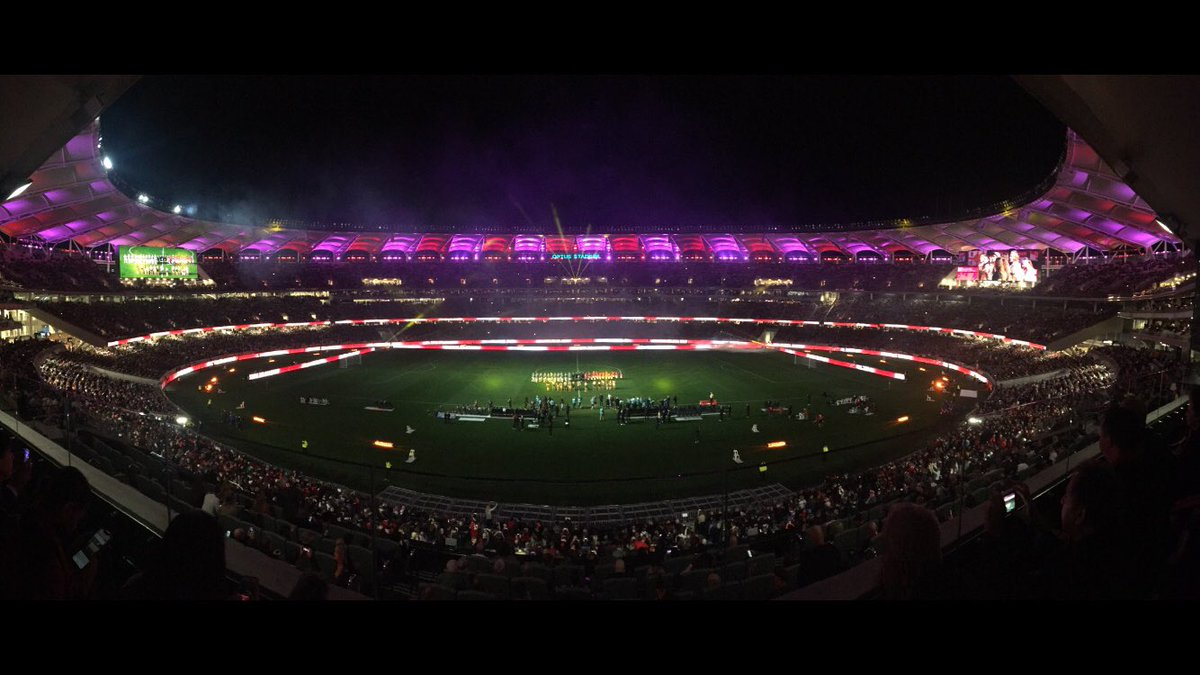 Massive thanks to the @OptusStadium team for the invite for #UnitedInPerth - if there was a better seat in the house I'd like to see it!   Sad my adopted team @LUFC couldn't get the job done tonight. https://t.co/Du1cYZmbW9