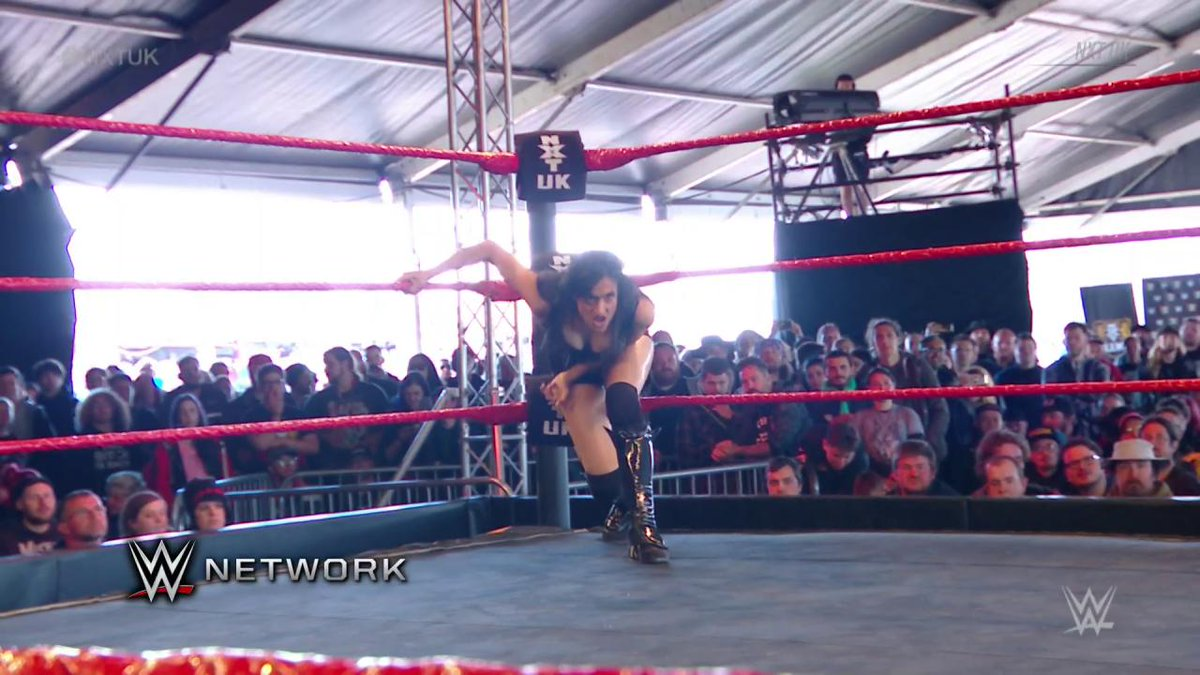 Seems like @XiaBrooksideWWE is more preoccupied with @Jazzy_Gabert than her opponent @JinnyCouture... #NXTUK
