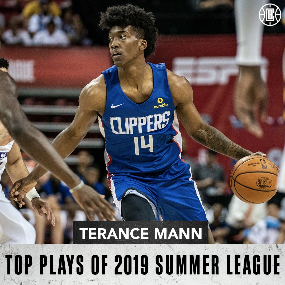 The 48th pick was turning heads. 📝👀  #ClipperNation got its first look at @terance_mann in Las Vegas!