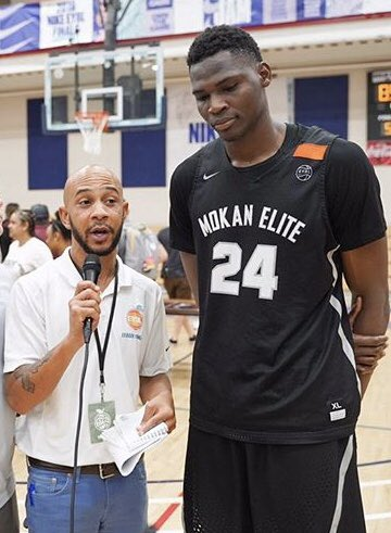 """@MokanBasketball wins @NikeEYB #peachjam led by @nfaly_dante12 1st time since @TheTraeYoung & @mpj in 2️⃣0️⃣1️⃣6️⃣ N'Faly Dante is a top 2️⃣0️⃣ recruit overall nat'lly for c/o 2️⃣0️⃣2️⃣0️⃣ #tatestake """"Where Basketball Lives"""" UK, KU, ORE & LSU are showing strong interest. 🏀🍑⛹🏽♂️🗣🎤🎥🏆🏆"""