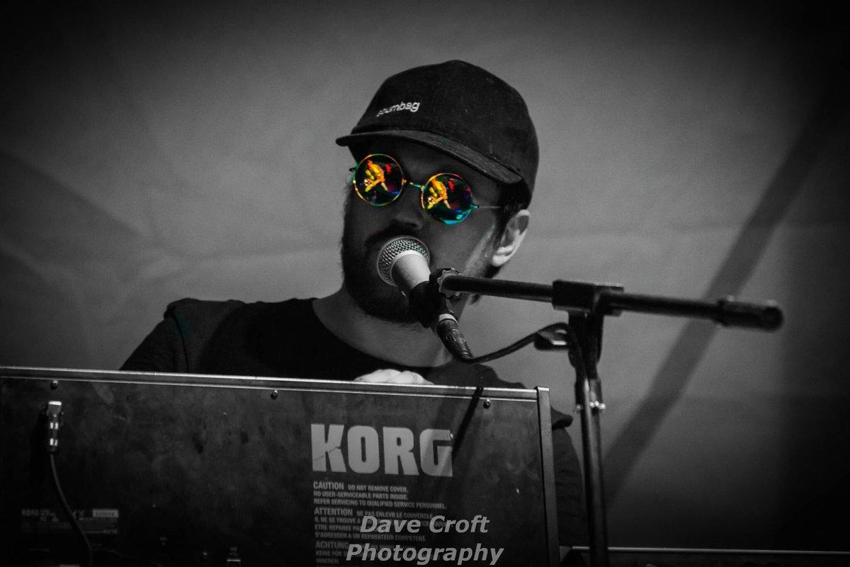 see david croft talking - HD1200×801