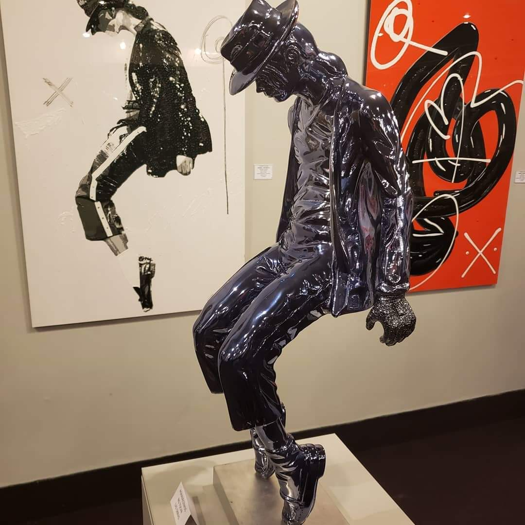 New statues honoring Michael have been installed in a gallery in Ecuador and in Zhengzhou China. Where else are you seeing love for Michael on display? <br>http://pic.twitter.com/L1nzowADzv