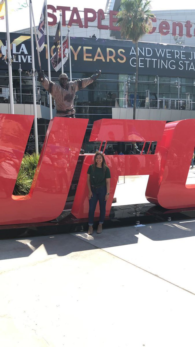 1️⃣ more month til #UFC241.... So this is me last year at #UFC227 👊🏽