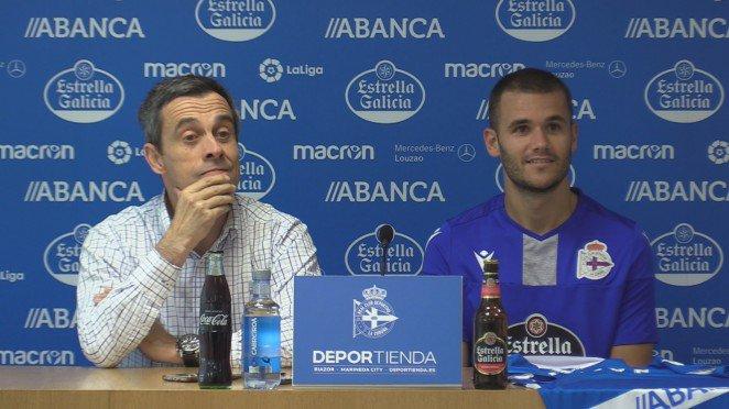 Aketxe, junto a Carmelo del Pozo, el día de su presentación (Foto: RC Deportivo).
