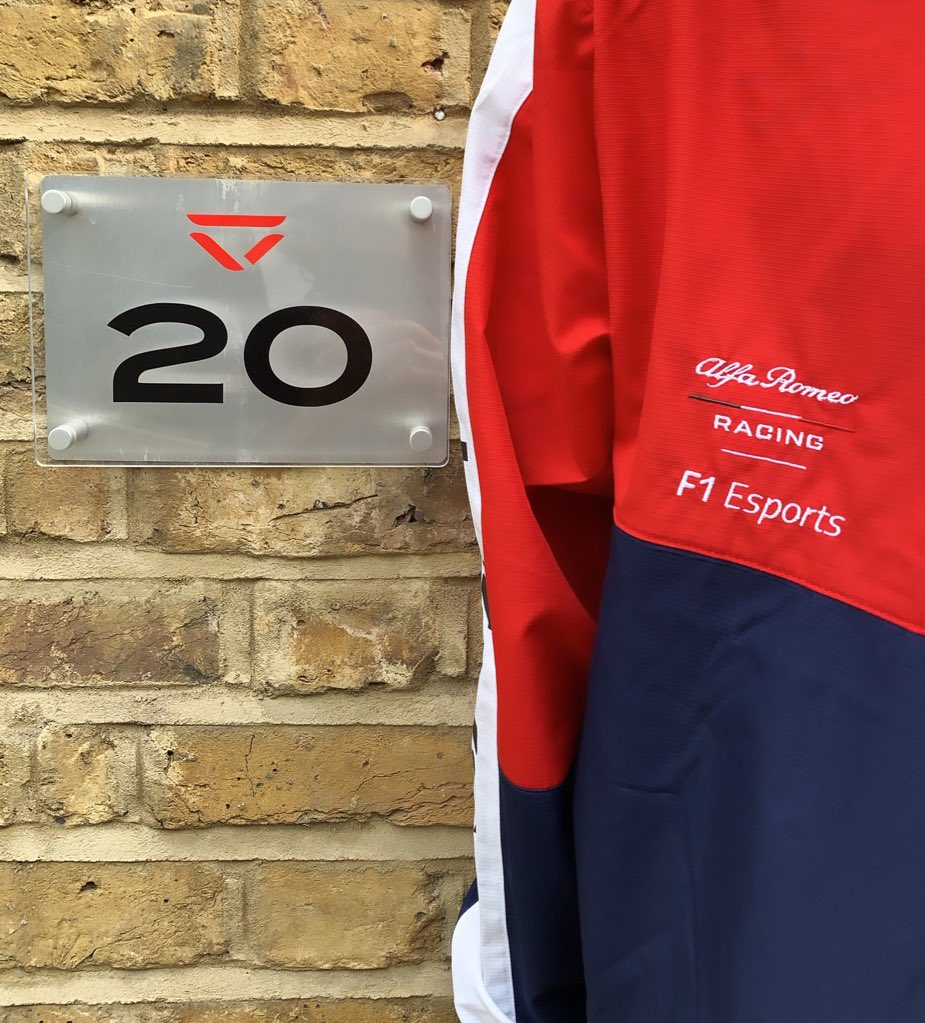 The day has come! 🕹 The @F1 Esports Pro Draft is about to start here in London! 🚀@SauberEsports @VeloceEsports @newbalance #GetCloser