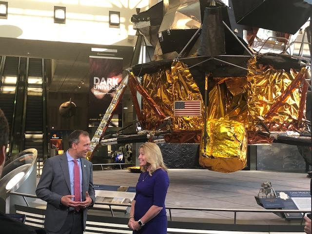 This morning, @EllenStofan and I filmed our first episode of EZ Science at @AirAndSpace for the #Apollo50th. Ellen explains what it took to get Armstrong's spacesuit into the museum & we discussed exciting @NASAMoon science. Watch the full episode when it comes out on July 25.
