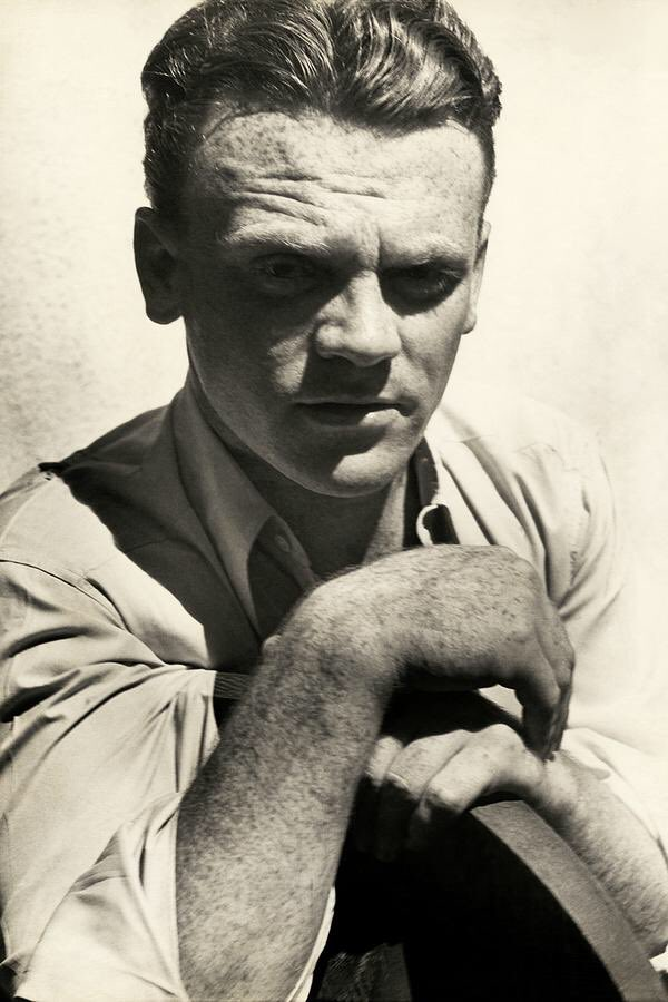 Birthday boy James Cagney in 1932. Portraits by the great Imogen Cunningham.