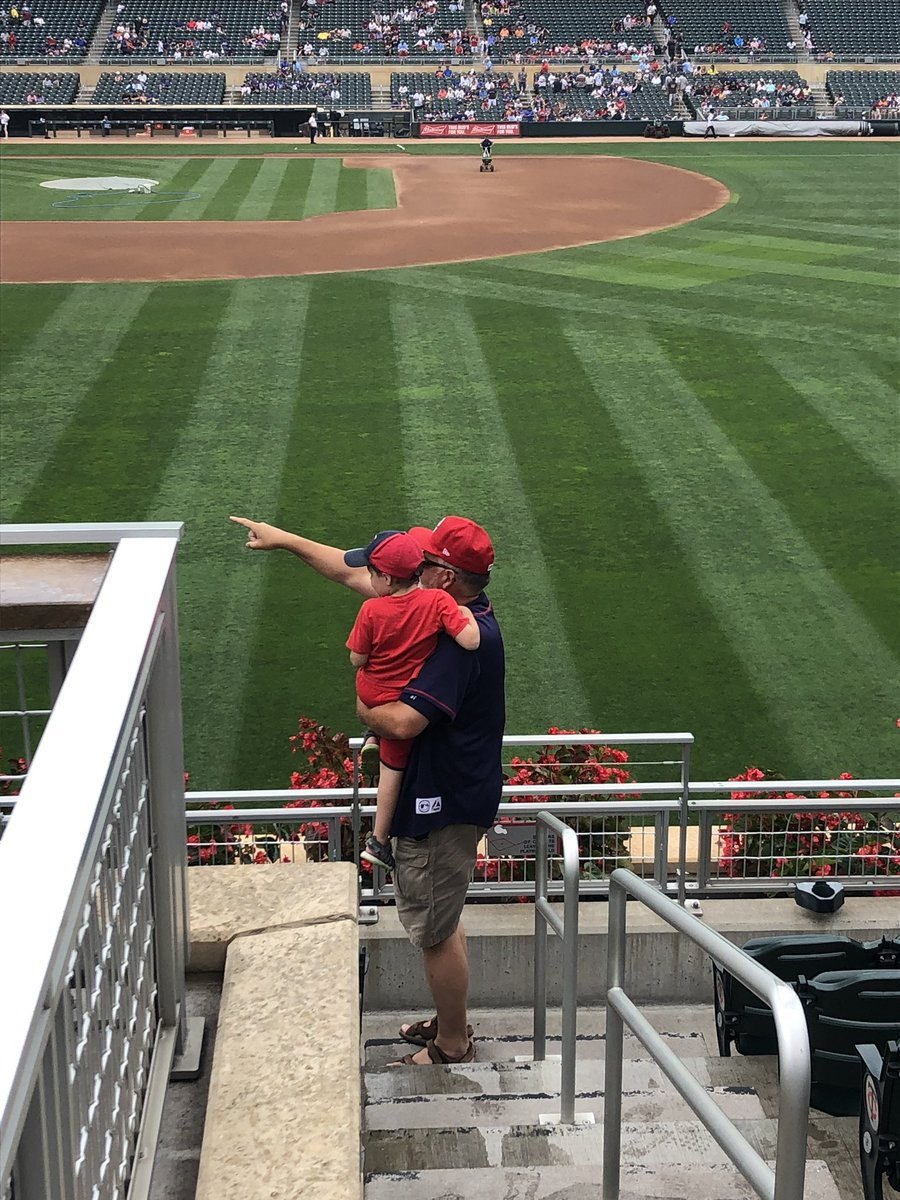 Grandpa showing Callan the ropes!! First @Twins game!! #MNTwins  <br>http://pic.twitter.com/L4Pp5TCzSP