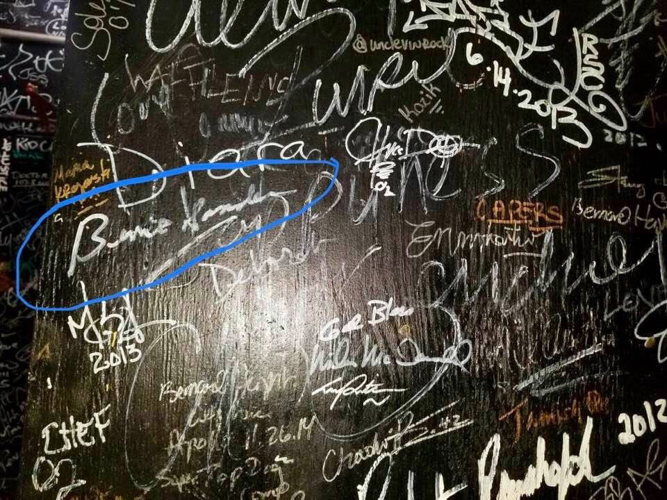 One of our crew is in NYC and checking out Apollo Theater's signature wall. Guess whose signature is circled?  #FeelTheBern #PresidentBernieSanders<br>http://pic.twitter.com/6pP2nlPSLa