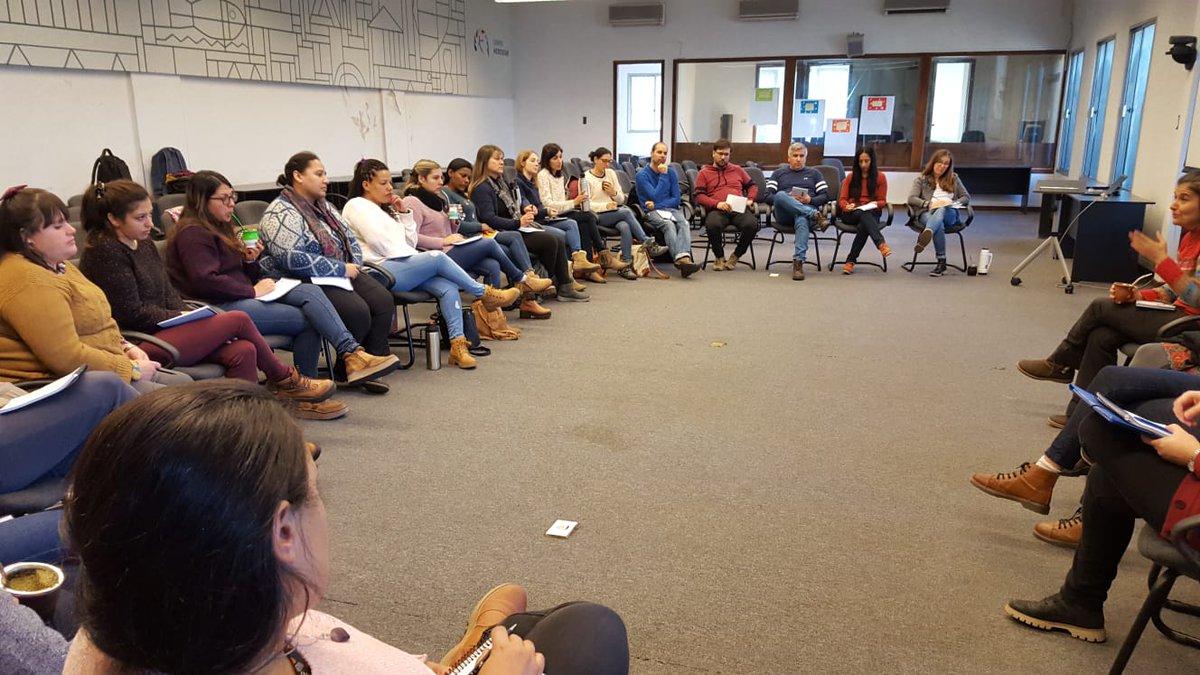 Ayer tuvo lugar en la Sede de @UNFPAuruguay el 2° Encuentro Nacional de Referentes de Participación, a cargo del Pograma #PROPIA de #INAU.