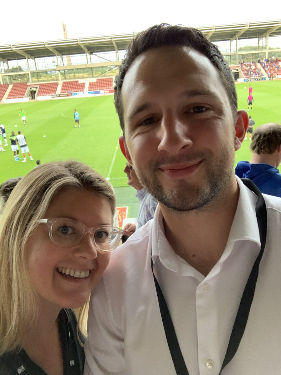 So fun to go out and network with @MattBourchier  in the local #Northampton community and explore new ways and business to promote our new Car Club - plus it was my first ever football match ⚽️#su4 @ArronFrewerERAC @JaneneScurfiel1