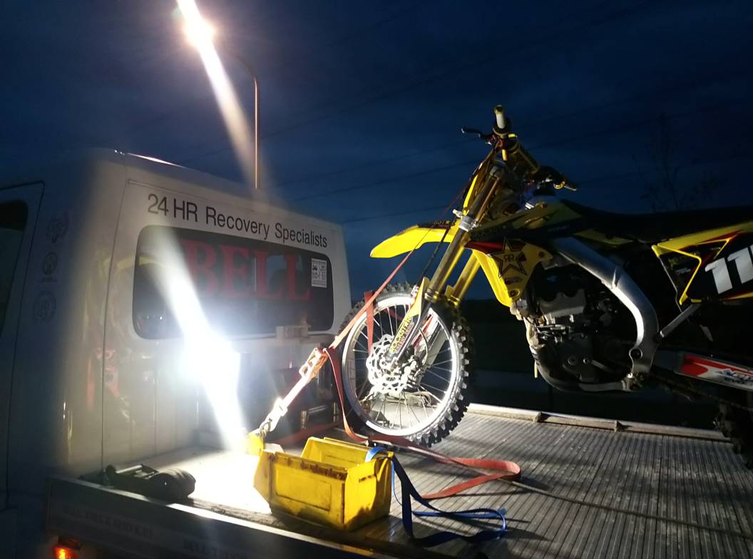 #Kingswood This evening #opyellowfin officers have seized an off road motorbike for riding without insurance. Please report any issues with nuisance motorbikes and quote #opyellowfin.<br>http://pic.twitter.com/Qaz4OzV7wv