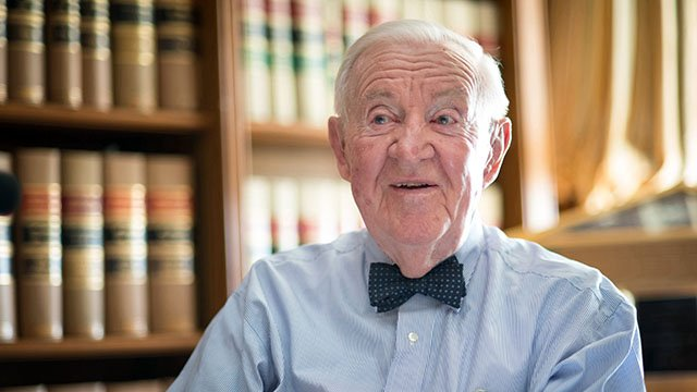 John Paul Stevens, one of the longest-serving Supreme Court justices and a @NorthwesternLaw alum, will be remembered for his impact on the law and the nation. bit.ly/2XWfiHS