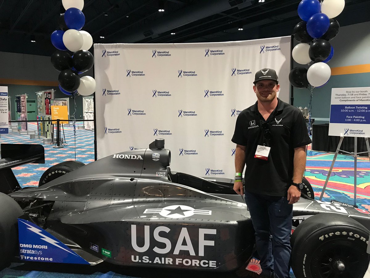 Come stop by booth #523 at @cwdiabetes tonight in Orlando, FL from 6 - 9 p.m. EST to meet @ConorDaly22. First 500 people get a signed autograph card!