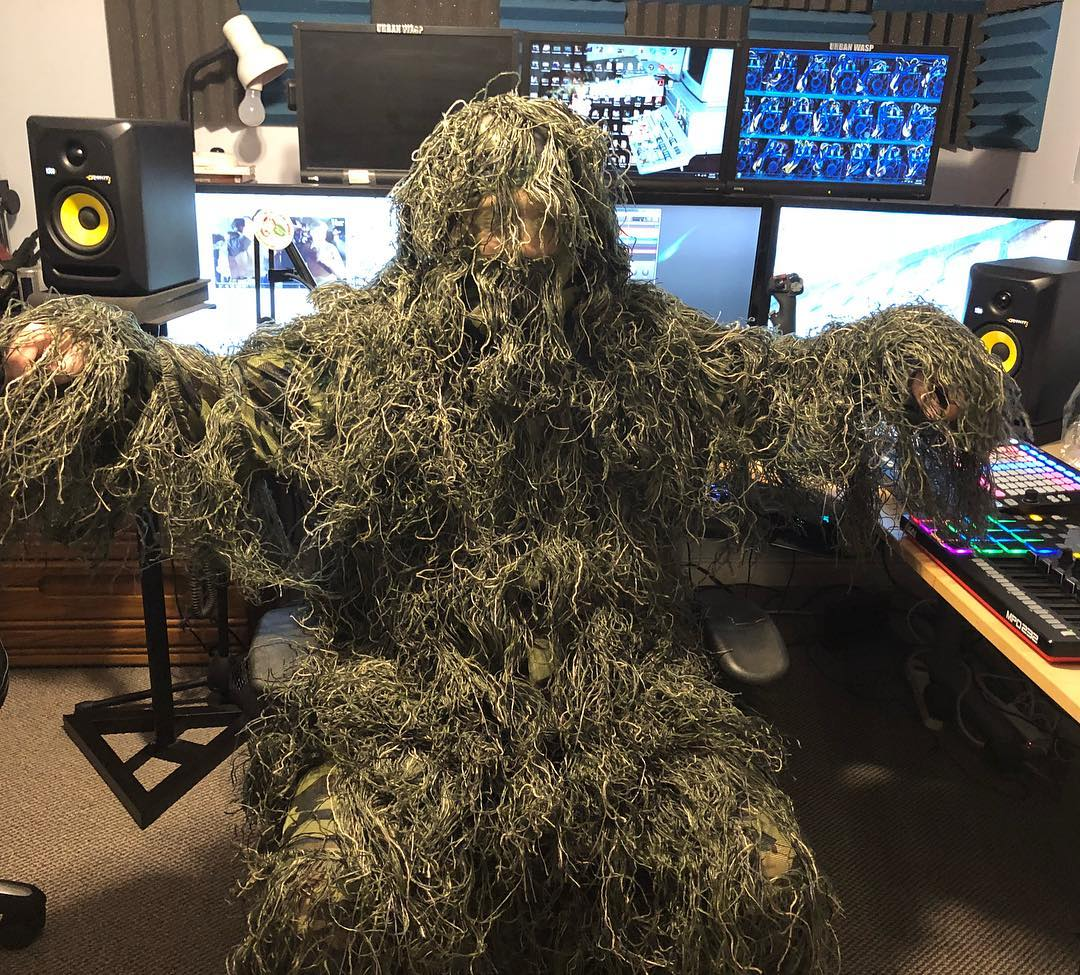 So what you all wearing to Storm Area 51 ????    Maybe you'll see me there... maybe you won't   #Area51 #StormArea51 #Area51memes #stormingarea51 #ready #Camo #ghilli #ghillisuit #WhatAreYouWearing #Fashion #BestDressed #CantStopUsAll #NotAJoke #ReadyToDie #ReadyToGather #SeeYou