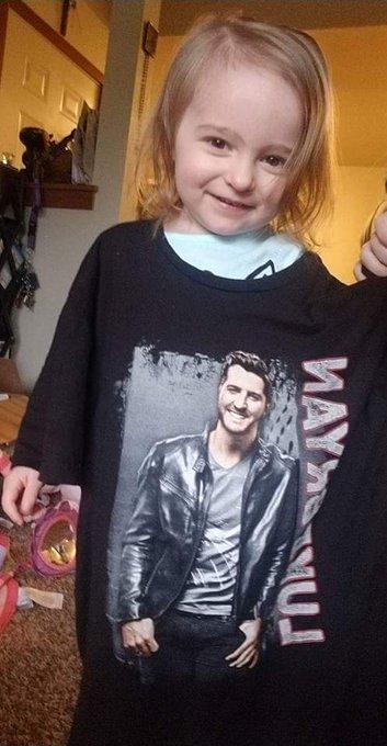 She loves her luke and wanted to say HAPPY BIRTHDAY LUKE BRYAN!!!