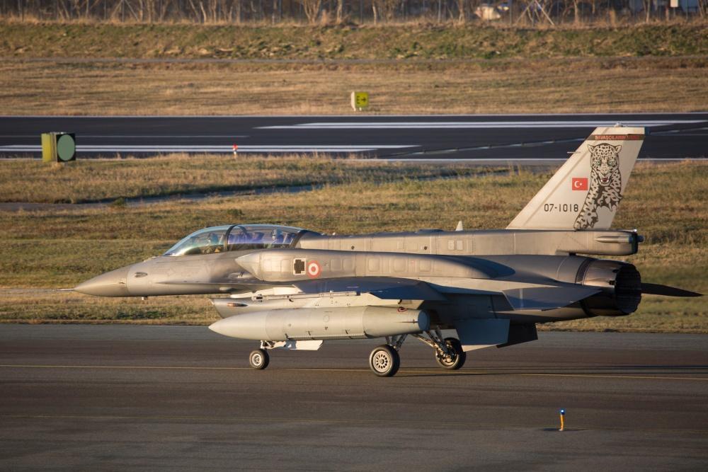 Turkey F-16