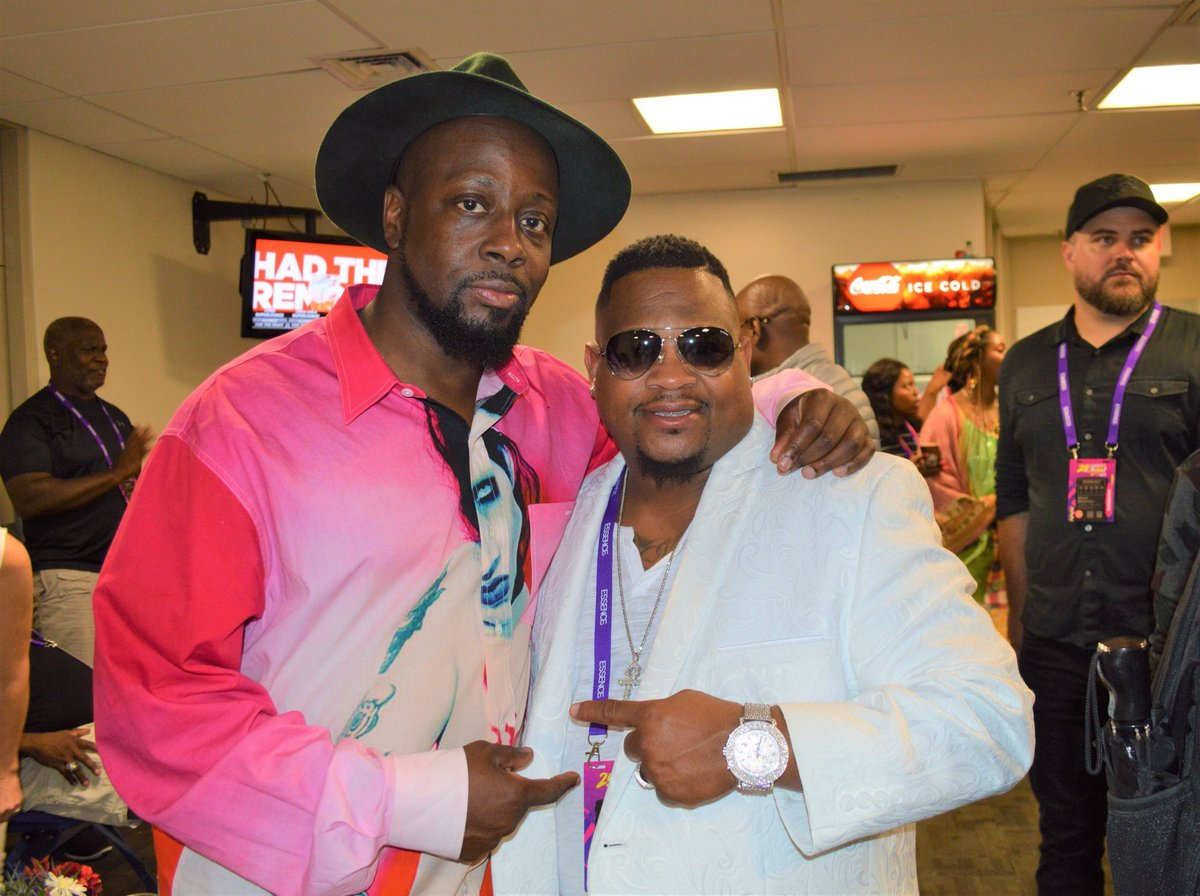 """""""Le Velle, Wyclef Jean, Teddy Riley"""" & Many more. What it takes to be a star!!! JD Entertainment Inc. 25th Essence Festival 2019 LeVelle - Hit Single """"WHY"""" JD Entertainment Inc.  Joe Douglas, Chief Executive  #GeorgeWillisJr , Lable Executive   http:// GeorgeWillisJr.Com    <br>http://pic.twitter.com/eivfXWyPwK"""