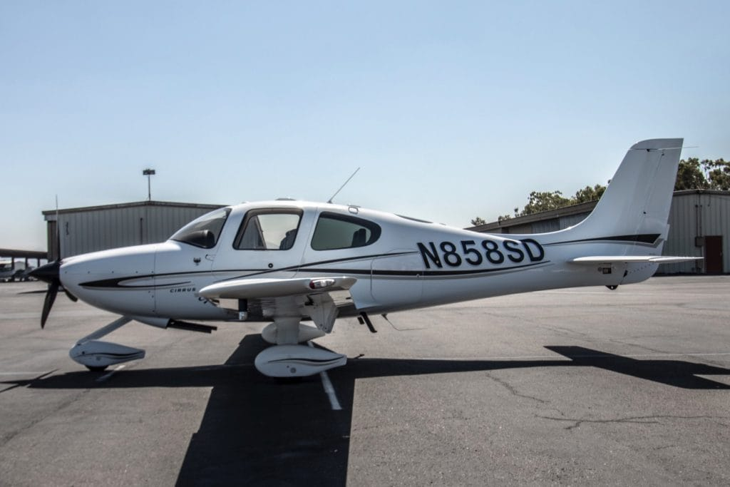 Featured #Aircraft   2006 #Cirrus SR20-G2   N858SD is a fully-equipped Generation 2 SR20! Featuring DFC90, XM Weather/Audio, Stormscope, Skywatch, CMax, EMax, 3-Blade Prop, Leather Seats, and much more! https://aircraftsales.us/?p=57190 #AircraftSalesUS #Aviation #AvGeek #Pilot #Fly