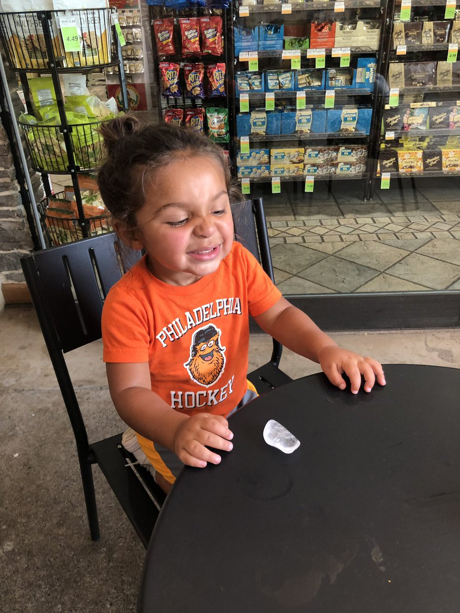Lux got his first crystal in Maui! <br>http://pic.twitter.com/bJ3JRtv0kC