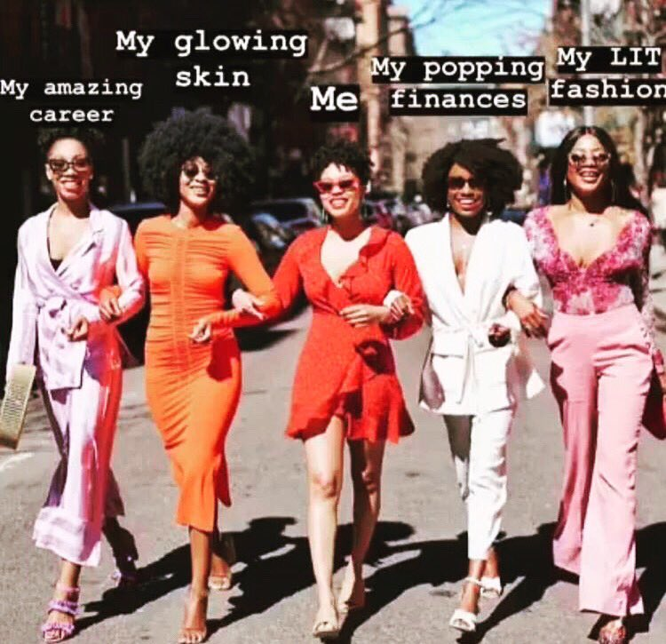 Where my girls at? You deserve an amazing career, glowing skin, a bigger bag and a dope wardrobe! 💻  Click the link in the bio to schedule your free consult today! ✨   ▶️ https://bit.ly/2EvQgbI   #careeradvice #professionaldevelopment #resume #girlboss #theholtworkspace