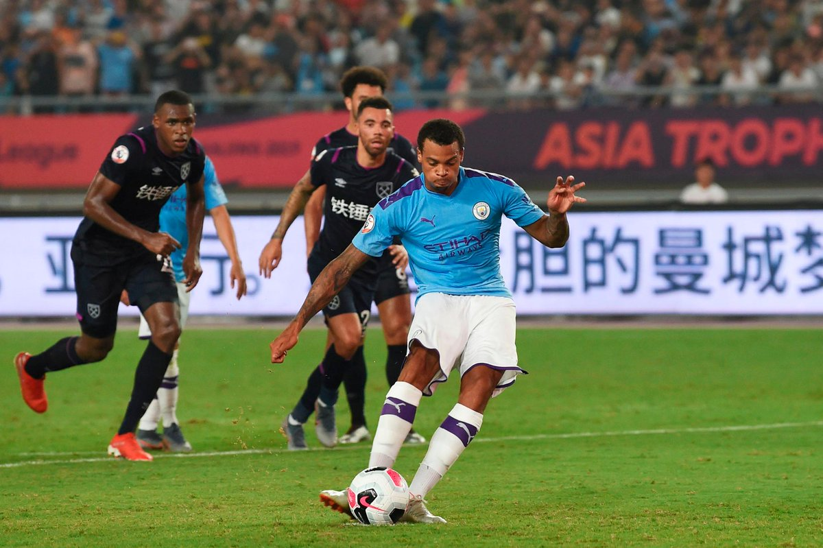 Man City recovered from a goal behind to beat West Ham 4-1 and progress to the #PLAsiaTrophy final, where theyll meet Wolves ➡️ preml.ge/AqLLjj