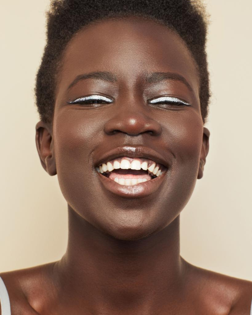 Nyadhor wears Stay Naked Foundation in shade #92NN. #StayNaked #PrettyDifferent #UrbanDecay #Makeup #Beauty