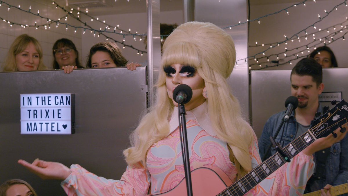 The amazing @trixiemattel played a show in our bathroom and it was one of the best days of our lives