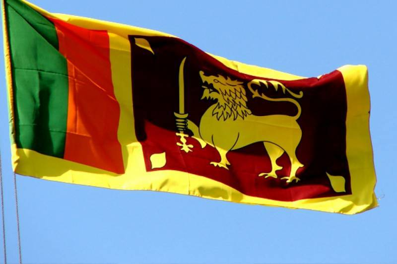 Sri Lanka orders arrest of top police watchdog https://t.co/0DL6lhEgO1 https://t.co/yZPcvFjCt4