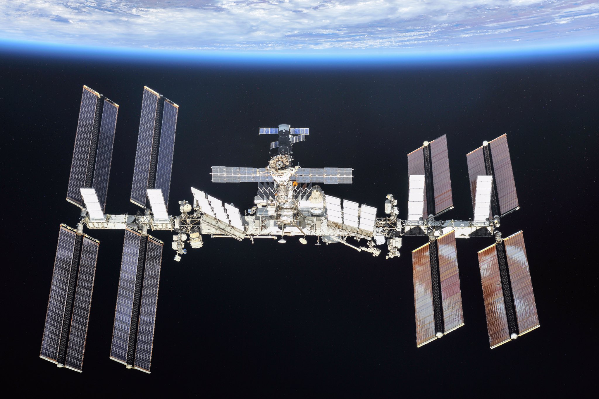 International space station naked eye, alexis love nude gifs