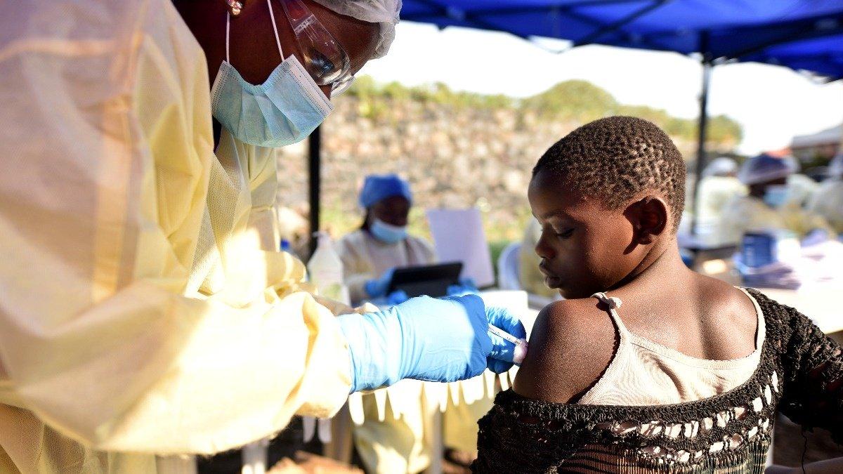 WHO sounds Ebola alarm as risks intensify https://reut.rs/2XWHfiT