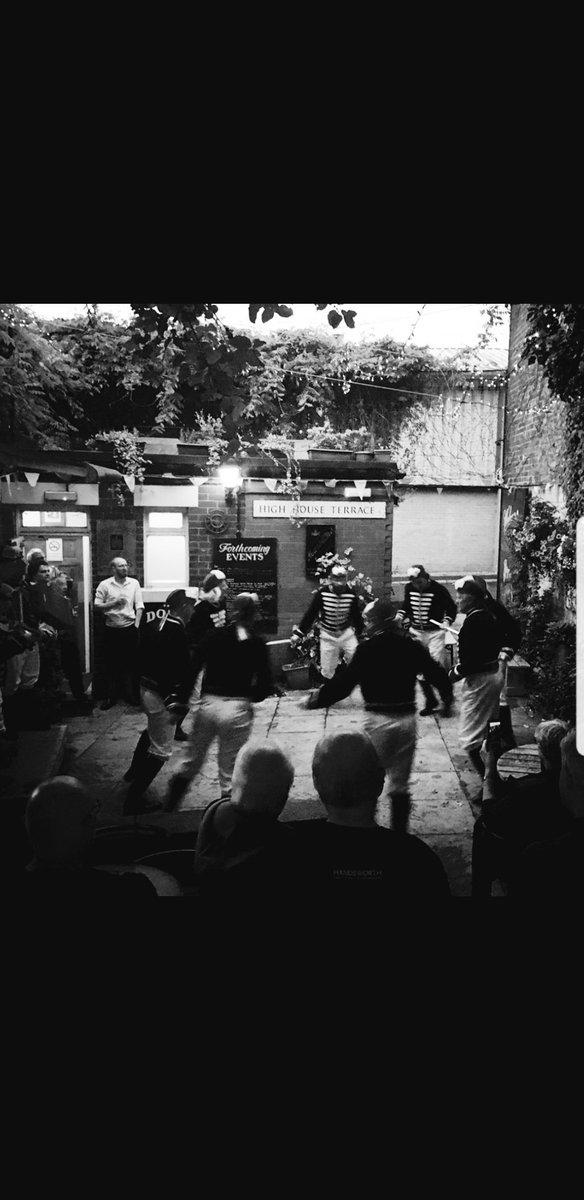 @Handsworthdance @shefsteelrapper @GrenosideSwords @kelhamrapper @maltbyphoenix @HelpSheffield Great night, thank you all #sworddancers #morrisdancers #S6 #Hillsborough #Sheffield #Sheffieldpubs #realalepub #socialsheffield #SWFC #ciderpuboftheyear #traditionalpub #properpub #Sheffieldciderpuboftheyear #familyrunpub