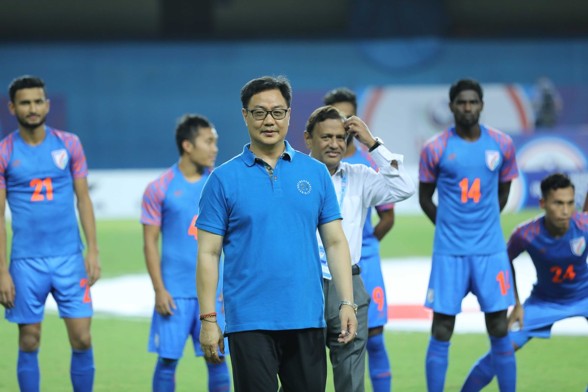 Ministry of Sports will provide extra financial help wherever possible 🗣@KirenRijiju Read ⏩https://bit.ly/2GhRbxw#IndianFootball ⚽#BackTheBlue 💙