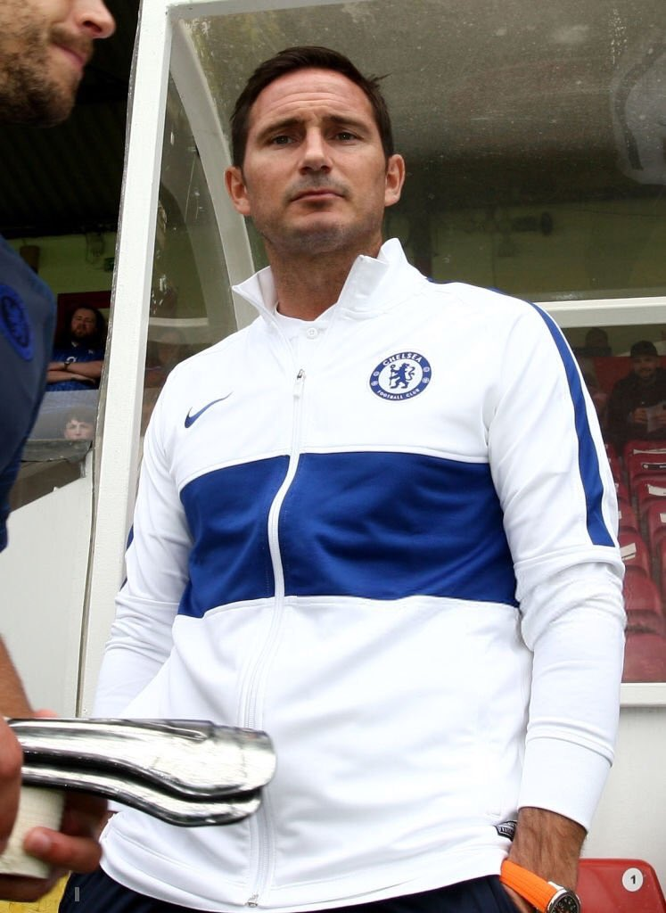 "Frank Lampard ""I don't want players passing through, using Chelsea as a stop gap. I only want players who feel the club, like the Drogba's and Terry's did during my playing period"" #CFC"