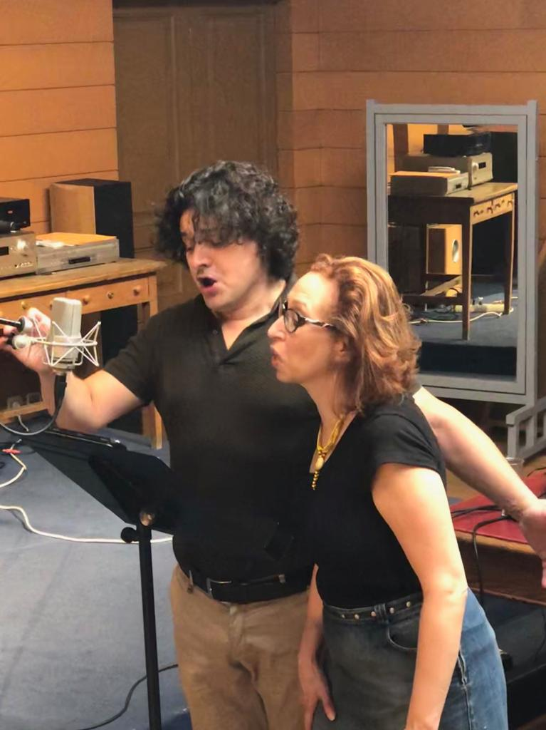 Ensayando para el Recital de Lied de esta noche, @FesAsisaVilla en @Aytovilladeodon, con @annatonnamezzo y la pianista @BabetteHiho. https://t.co/GkQ40pFNg7 #Brahms #Liszt #Strauss #Schumann