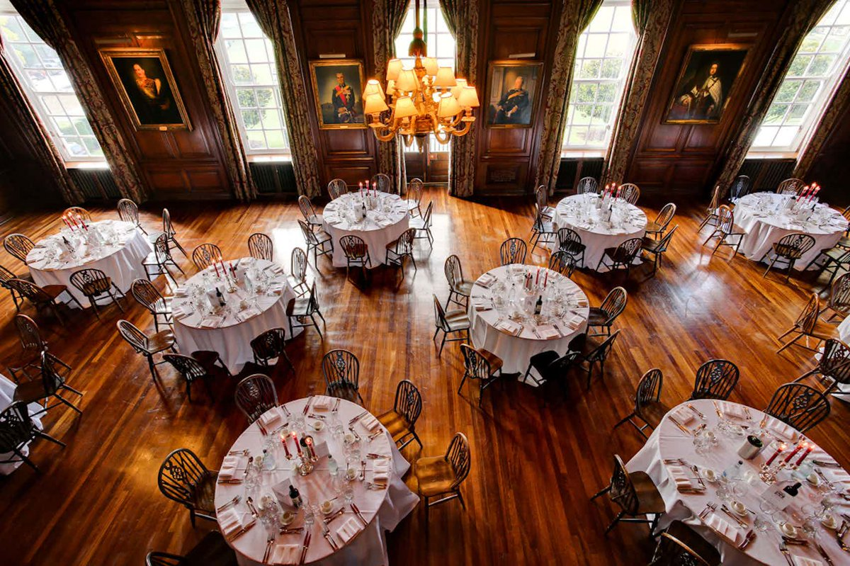 For a stunning historic yet modern Space for your next corporate party or conference, hire @HacEvents. From their six acre garden to their stunning rooms, your Guests will leave impressed to say the least. Read more  https:// hubs.ly/H0jJMG30     #EventProfs <br>http://pic.twitter.com/mgB7pMHr34